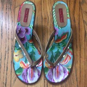bettina duncan hawaiian print rhinestone heels